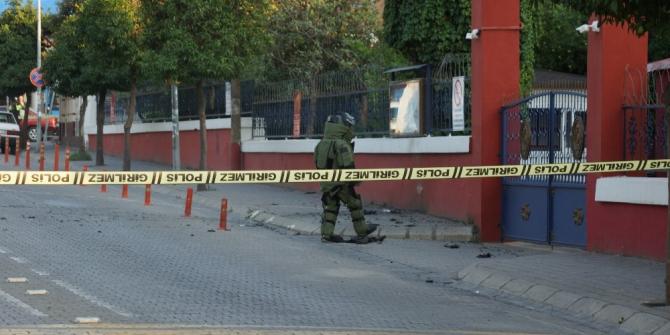 Aydın'da askeri bina önünde bomba paniği