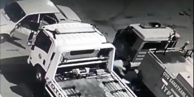 İtfaiye aracının aküsünü çalan 3 kişi kameradan yakalandı