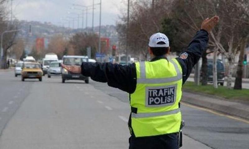 İstanbullular dikkat! Derbiden dolayı yarın bazı yollar ulaşıma  kapalı olacak