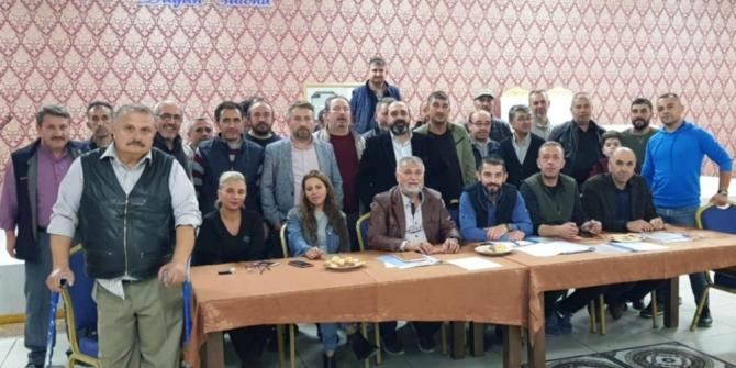 """Esnaf Derneği Başkanı Özdemir: """"Belediye ile kiracı esnafımız arasındaki sorun çözülmeli"""""""