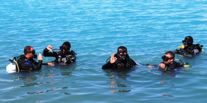Engelliler Van Gölü'nün derinlikleriyle buluştu