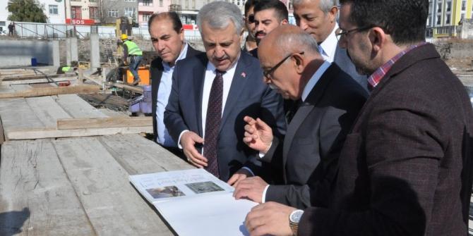 AK Parti Milletvekilleri Sultan Alparslan Külliyesi inşaatını gezdi