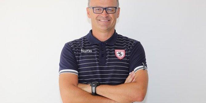 Samsunspor'da teknik direktör İrfan Buz istifa etti