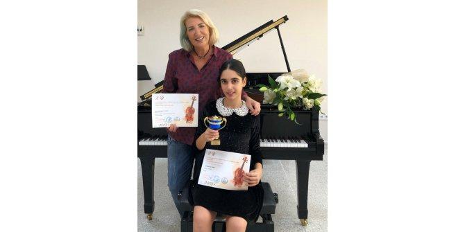 12 yaşındaki piyanist Papatya'nın büyük başarısı