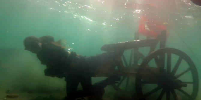 Dünya rekortmeni Derya Can, su altında 100 kiloluk kağnıyı çekti