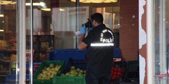 Büyükçekmece'de markette silahlı kavga