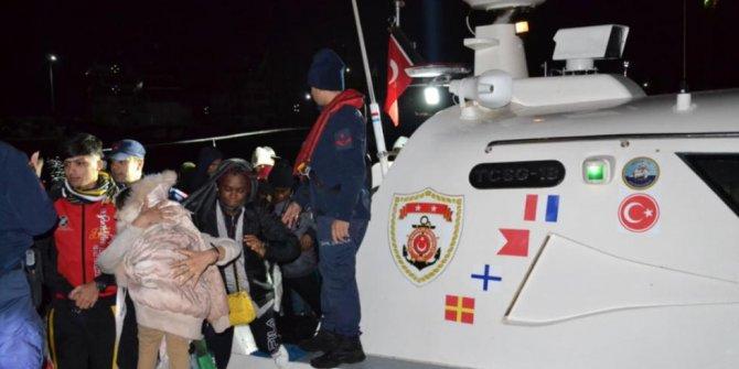 Çeşme ve Dikili'de 77 kaçak göçmen yakalandı