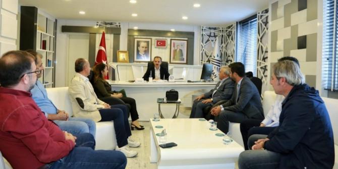 Muhalefet partili meclis üyelerinden Başkan Kılınç'a ziyaret