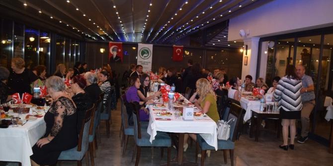 Türk Anneler Derneği Aliağa Şubesinden Cumhuriyet yemeği