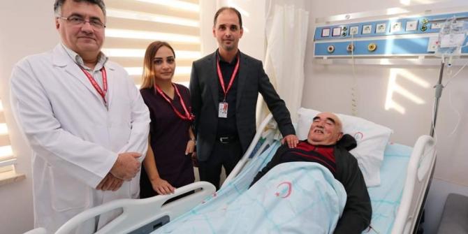 Şiddetli karın ağrısı ile gitti, aort damarı ameliyatı oldu