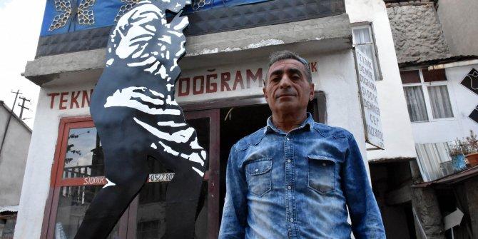 Demirci ustası, 4 metrelik Atatürk anıtı yaptı