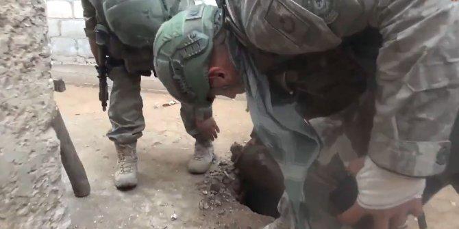 Komandolar, Resulayn'da teröristlerin kazdığı 1 tünel daha buldu
