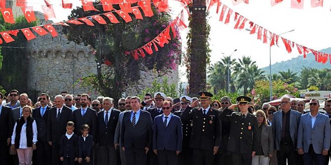 Çeşme'de Cumhuriyet Bayramı kutlamaları başladı