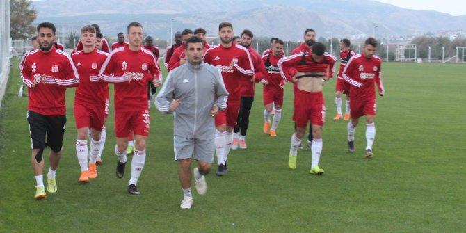 Demir Grup Sivasspor'da hedef Başkent Akademi ve Denizlispor maçları
