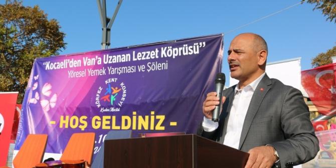 """Başkan Şener Söğüt; """"Van'da gönül köprüleri kurduk"""""""