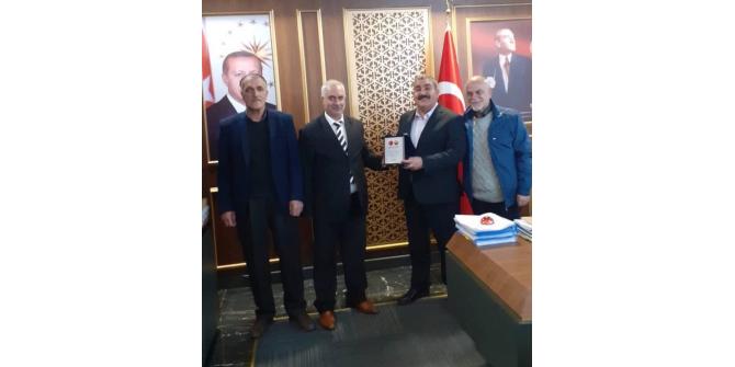Emekliler Derneği yönetiminden Başkan Sunar'a ziyaret