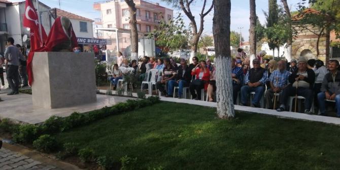 Foça Yeni Bağarası'nda Atatürk büstü açıldı