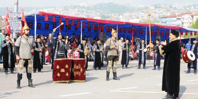 İzmit'te Cumhuriyet Bayramı kutlandı