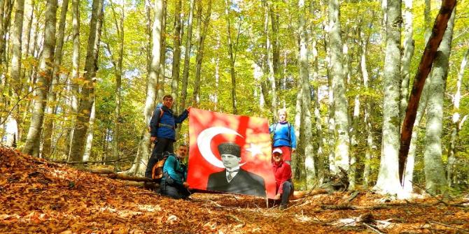 Kazdağları'nda Cumhuriyet için 29 kilometrelik tırmanış yaptılar