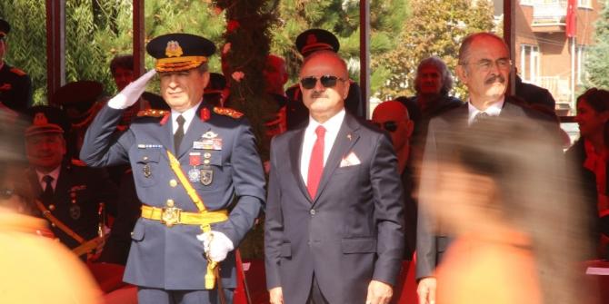 Eskişehir'de 29 Ekim Cumhuriyet Bayramı töreni