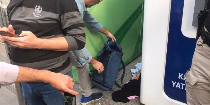 Bomba şüphesiyle patlatılan çantadan kıyafet çıktı