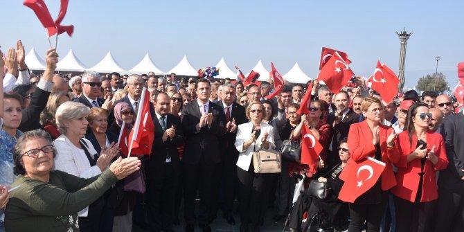 İzmir'de CHP'den alternatif kutlama