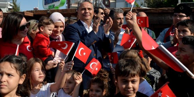 """Başkan Uysal, """"Cumhuriyete bağlılığımız eksilmesin"""""""