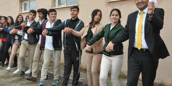 İran sınırında Cumhuriyet Bayramı coşkusu