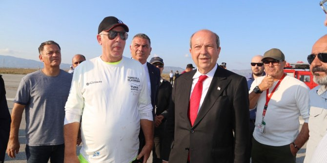 KKTC Başbakanı Tatar, uçak kazasının olduğu bölgede inceleme yaptı