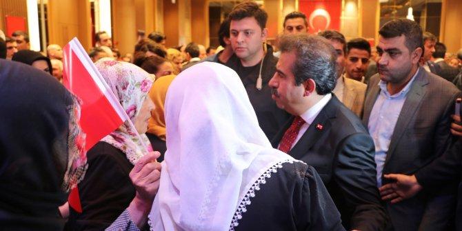 Diyarbakır'daki kabul törenine HDP önünde nöbet tutan aileler de katıldı