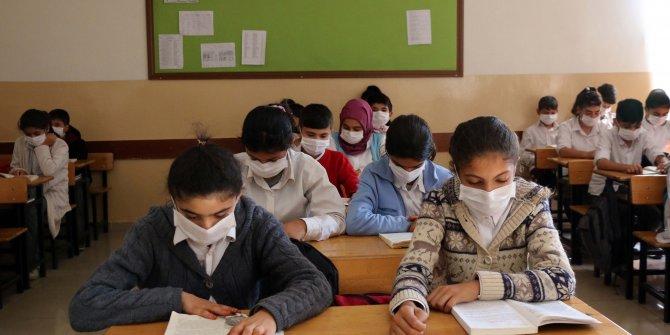 Lösemili Birgül'e destek için hep birlikte maske taktılar