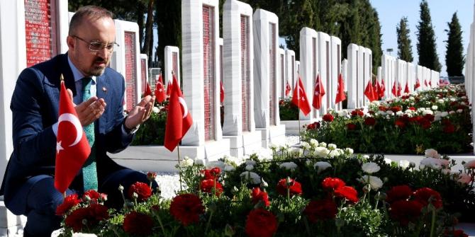 Bülent Turan'dan Mevlid kandili mesajı