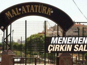 Menemen'de Atatürk Tabelasına Çirkin saldırı