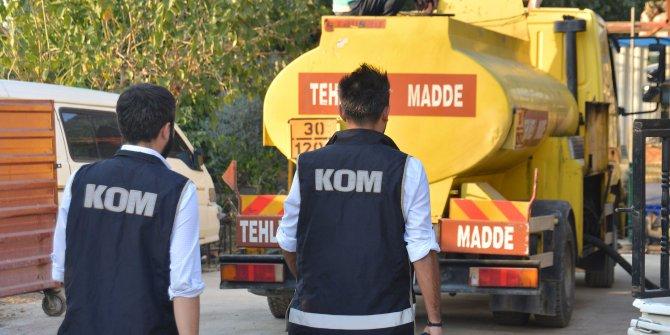 Adana'da 15 bin 410 litre '10 numara yağ' ele geçirildi