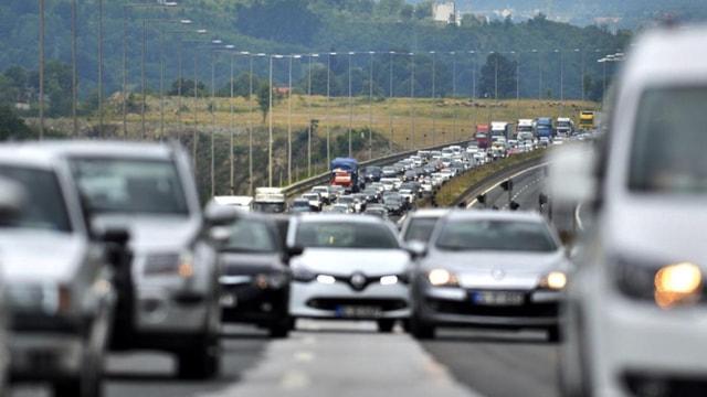 Ara tatil trafiği başladı! İşte İstanbul trafiğinde son durum