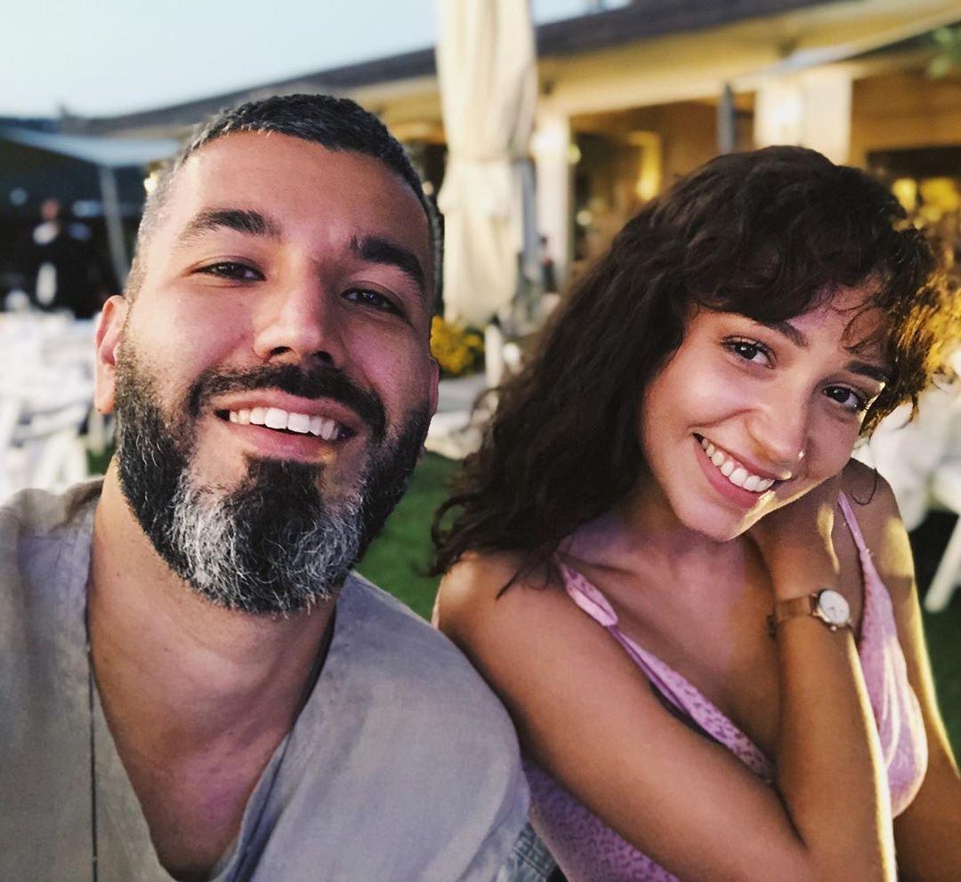 Zeynep Bastık ile sevgilisi Tolga Akış evlilik hazırlığı yapıyor