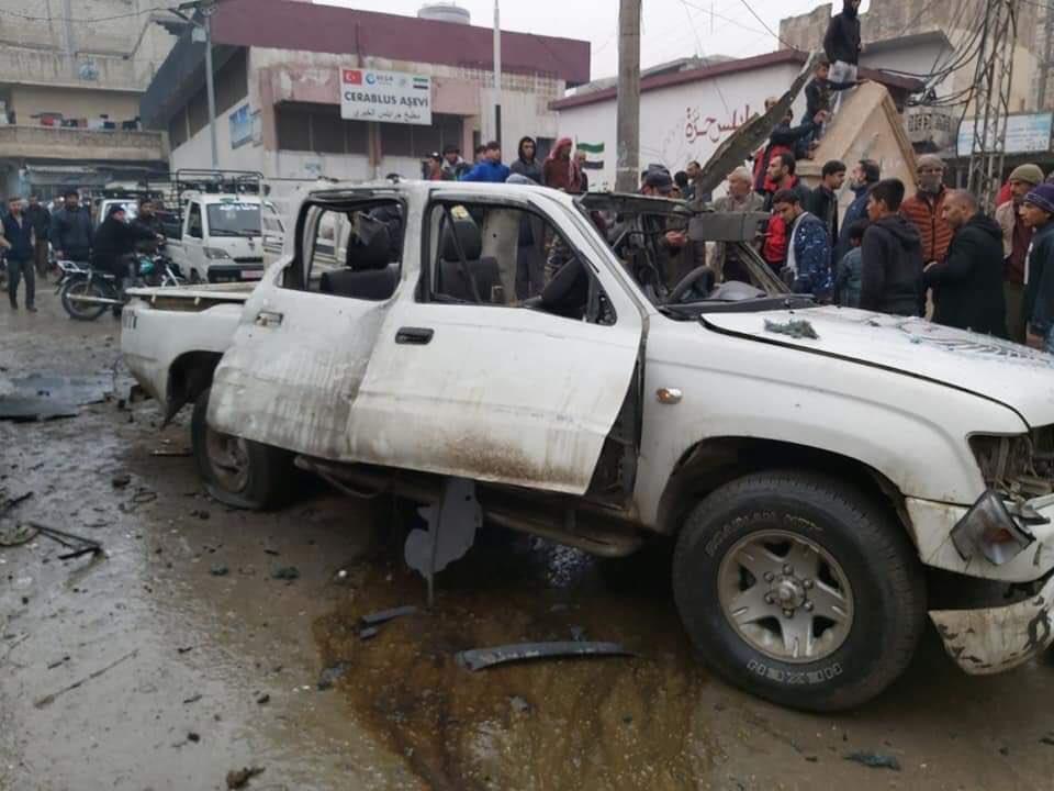 Cerablus'ta bombalı araç patladı: 9 sivil yaralı