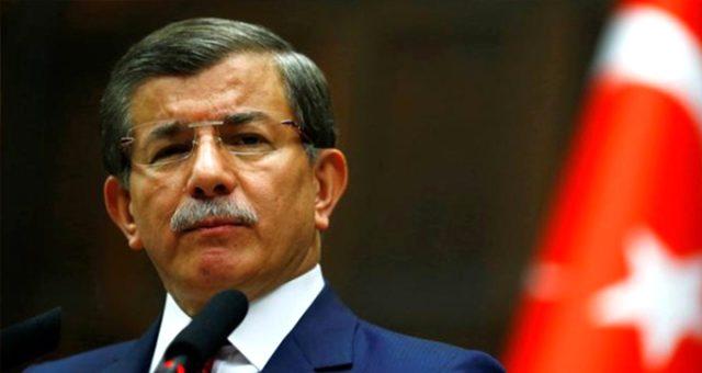 Ahmet Davutoğlu yeni partisinde ilk fireyi verdi! Kurucu isim istifa etti...