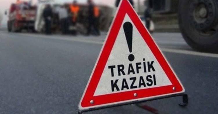 Adana'da minibüs şarampole yuvarlandı: 11 yaralı