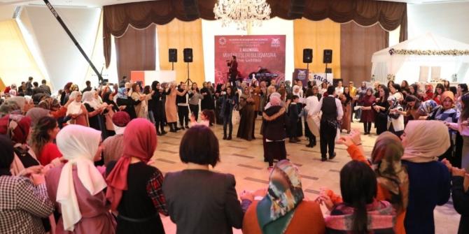 Mardin'de 2. geleneksel muhtar eşleri buluşması etkinliği