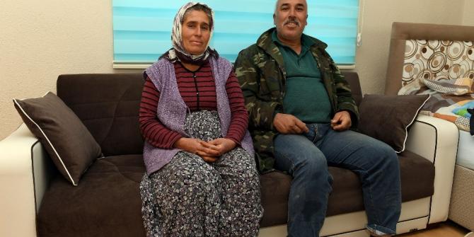 Mersin Büyükşehir'den çadırı yanan aileye destek