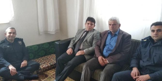 Kaymakam Kaya'dan Şırnak'ta yaralanan uzman çavuşun ailesine ziyaret