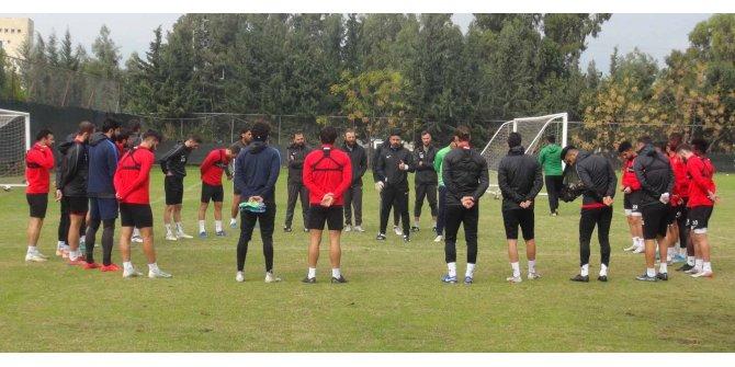 Hatayspor Teknik Direktörü Toysal: Her maça son maçımız gibi hazırlanıyoruz