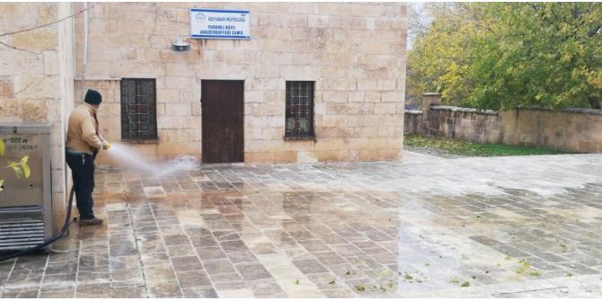Adıyaman Belediyesi, türbeleri ve çeşmeleri temizledi