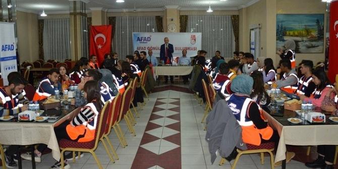 AFAD gönüllüleri tanışma toplantısında bir araya geldi