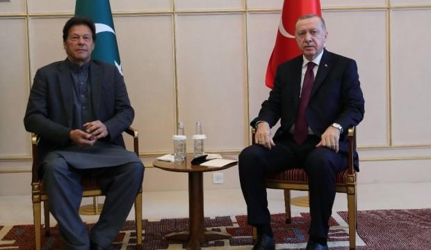 Pakistan Başbakanı İmran Han'dan Cumhurbaşkanı Erdoğan'a teşekkür