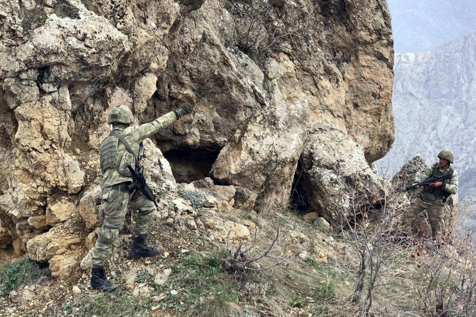 Kuzey Irak'ta operasyon: 3 terörist etkisiz hale getirildi