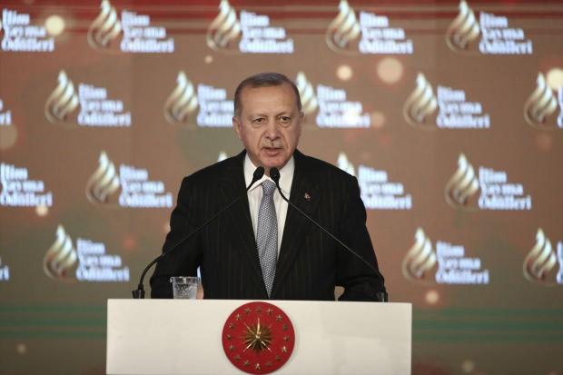 Cumhurbaşkanı Erdoğan'dan Dolmabahçe'de önemli açıklamalar