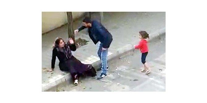 Eşini sokak ortasında döven kocaya 4,5 yıl hapis istemi