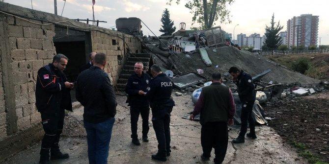 Adana'da sağanak; 4 merkez ilçede okullar tatil edildi (7)